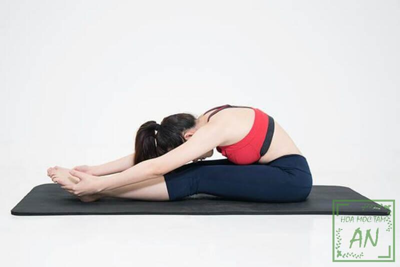 Bài tập giãn gân kheo giúp giảm đau lưng hiệu quả