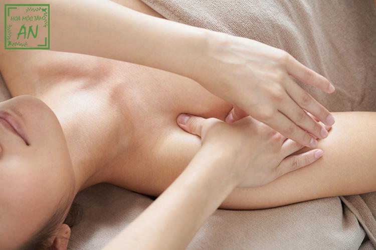 Liệu pháp chăm sóc khuôn ngực