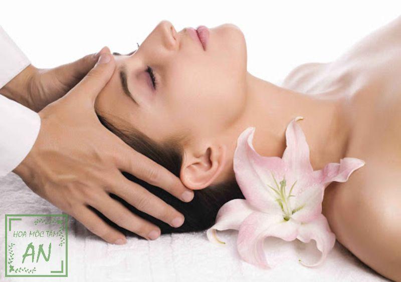 xoa bóp đầu khi đau đầu giúp giảm đau hiệu quả